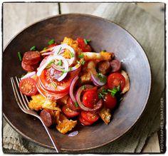 Smoky Tomato, Prawn and Chorizo Salad Prawn Recipes, Lunch Recipes, Salad Recipes, Cooking Recipes, Healthy Recipes, Prawn Starters, Chorizo Salad, Prawn Salad, Banting Recipes