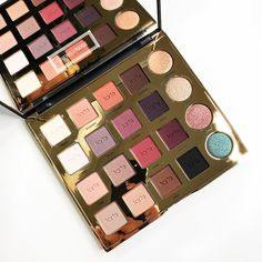 I love the colours in the Tarteist Tarteist Pro palette!   Makeup