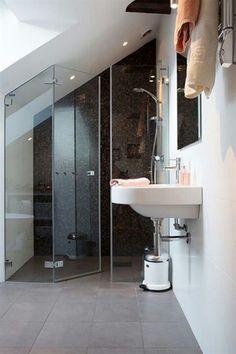 Ravishing Small attic bathroom floor plans,Attic renovation company and Attic bathroom with tub. Attic Shower, Small Attic Bathroom, Upstairs Bathrooms, Attic Loft, Loft Room, Bedroom Loft, Attic Office, Attic House, Attic Ladder