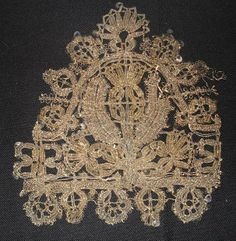photo Mendes Lace. Piece from Charles II boot, or say they say. mid 17th century https://www.facebook.com/photo.php?fbid=10152124481797769&set=a.189612847768.125271.187939497768&type=1&theater