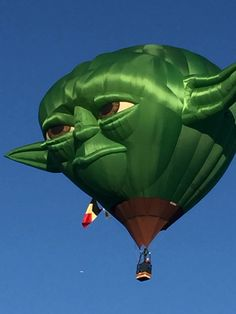 Most Creative Yet Funny Hot Air Balloons Balloon Glow, Love Balloon, Air Balloon Rides, Helium Balloons, Hot Air Balloons, Blue Balloons, Albuquerque Balloon Festival, Air Balloon Festival, Vintage Neon Signs