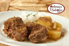 Aromas e Sabores: Carne com batatas na panela de pressão