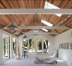 Decorating: Accessory Dwelling Unit In Art Studio For Arts And Crafts Room With White Concrete Flooring Plus Skylight On Tongue And Groove Ceiling And Indoor Outdoor Living With Industrial Pendants Lighting Garage Art Studio, Art Studio Room, Art Studio Design, Art Studio At Home, Home Art, Studio Spaces, Design Art, Diy Design, Design Ideas