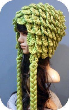 crocodile stitch crochet hat - very clever and very cute. I like the color, too. Crochet For Kids, Crochet Yarn, Crochet Stitches, Crochet Beanie, Knitted Hats, Crochet Crocodile Stitch, Crochet Costumes, Kawaii Crochet, Crochet Dragon