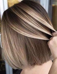 Brown Hair With Highlights, Hair Color Highlights, Hair Color Balayage, Brown Hair Colors, Caramel Highlights, Balayage Short Hair, Balayage Highlights, Blonde Highlights On Dark Hair Short, Chunky Highlights