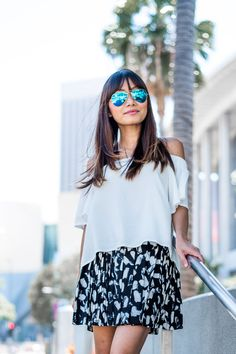 off the shoulder blouse, printed mini skirt, petite fashion blogger, Los Angeles fashion blogger