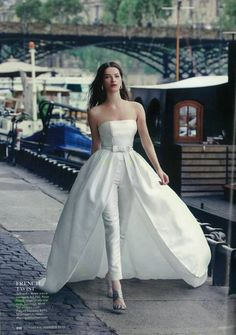 precioso este vestido de Rosa Clará