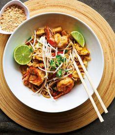 Pad Thai mit Garnelen   http://eatsmarter.de/rezepte/pad-thai