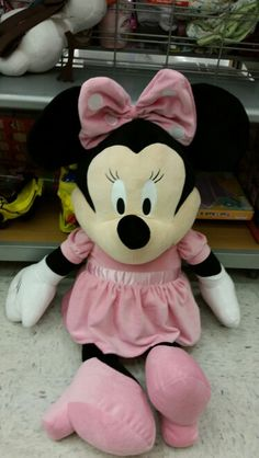 A HUGE Minnie Mouse doll. Izzy better like this. Costed my almost $40.