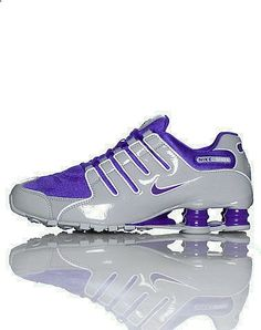 2015 cheap nike shoes for sale info collection off big discount.New nike roshe run,lebron james shoes,jordans and nike foamposites 2014 online. Nike Shox Nz, Nike Shox Shoes, Nike Shoes Cheap, Nike Free Shoes, Nike Shoes Outlet, Running Shoes Nike, Cheap Nike, Roshe Shoes, Yeezy Outfit