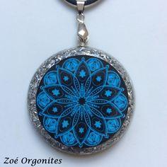 Pingente de orgonite mandala azul
