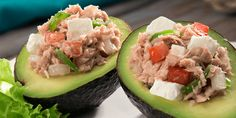 Aguacates rellenos de atún Philadelphia Clean Eating Recipes, Cooking Recipes, Healthy Recipes, Banana Sandwich, Avocado Egg, Fruit Salad, Guacamole, Healthy Life, Sushi