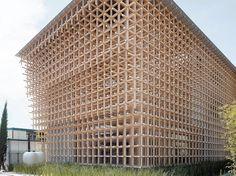 Michael Green, un arquitecto de Canadá, quiere revivir el sueño infantil de tener una casa de madera en lo alto de un árbol y adaptarlo a la gran ciudad.