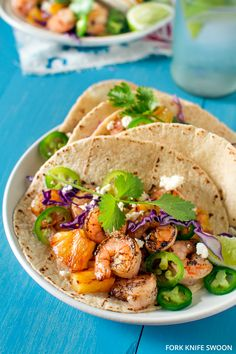 Grilled Shrimp and Pineapple Tacos Weeknight Swoon :: Grilled Shrimp and Pineapple Tacos - Fork Knife Swoon - Fork Knife Swoon Fish Recipes, Seafood Recipes, Mexican Food Recipes, Cooking Recipes, Healthy Recipes, Recipes Dinner, Grilled Shrimp, Grilled Meat, Shrimp Tacos