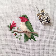 A cute little hummingbird I stitched up for a favourite customer. Small Cross Stitch, Cross Stitch Needles, Cross Stitch Fabric, Cross Stitch Rose, Cross Stitch Flowers, Cross Stitch Designs, Cross Stitching, Cross Stitch Borders, Cross Stitch Embroidery