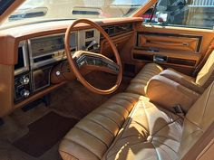 1978 Lincoln Town Car   Flickr - Photo Sharing! Lincoln Motor Company, Ford Motor Company, Classic Auto, Classic Cars, Old American Cars, Lincoln Town Car, The Golden Years, Luxury Marketing, Lincoln Mercury