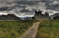 The beautiful and somewhat eerie ruins of Kilchurn Castle lie on the northeastern shore of Loch Awe in Scotland