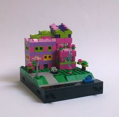 micro scale Lego Pink Hotel | Flickr - Photo Sharing!