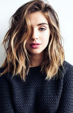 Short Hairstyles For Thick Hair, Long Layered Haircuts, Haircut For Thick Hair, Modern Hairstyles, Short Hair Cuts, Curly Hair Styles, Easy Hairstyles, School Hairstyles, Thin Hair