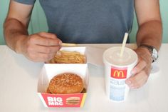 Big Mac packaging eliminates the takeout bag Industrial design student Rob Bye thought up a new type of concept McDonald's box which attaches a paper cup holder to the outside.