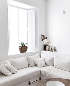"""maisonsblanches: """" credit: interior_styling """""""