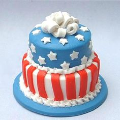 Stars and Stripes - dollhouse miniature cake by Blue Kitty Miniatures, via Flickr