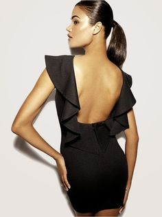 Beautiful little black dress with back nude |