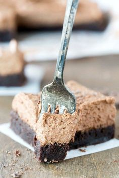 Chocolate Mousse Brownie Recipe - perfect easy dessert treat combining mousse pie and brownies! #cake