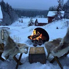 Find images and videos about winter, christmas and snow on We Heart It - the app to get lost in what you love. Winter Szenen, Winter Cabin, Winter Christmas, Christmas Tag, Christmas Feeling, Winter Night, Winter Season, Ski Chalet, Winter Beauty