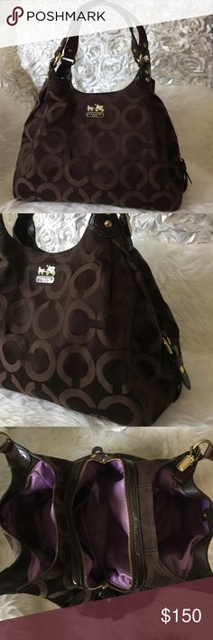 COACH✨HOST PICK✨ Pre❤️'d COACH bag. Worn only few times, inside of the bag is fairly clean, it's very light lilac so it shows it's been used. It has 3 large pockets and 5 small pockets inside. Beautiful bag for busy person...it holds it ALL  16x13x6 This bag is in excellent condition. Coach Bags