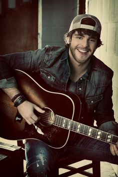 Thomas Rhett does denim on demin in country boy chic. He sooo freaking cute!!