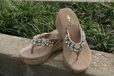 Volatile- The perfect summer shoe!   http://on.fb.me/xIJSFE