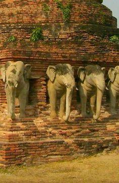Solo Travel Destination: Sukhothai, Thailand http://solotravelerblog.com/solo-travel-destination-sukhothai-thailand/