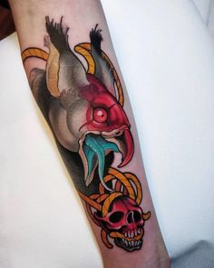 Trash Polka Tattoo, Neo Traditional Tattoo, Piercings, Sticker, Draw, Ink, Tattoos, School, Neo Tattoo