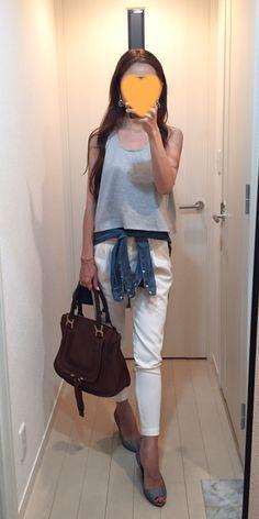 Tops: EMODA, Denim shirt: H&M, Pants: Des Pres, Bag: Chloe, Sandals: Sergio Rossi