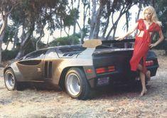 Vector W2 Twin Turbo (1982) - fashion shot