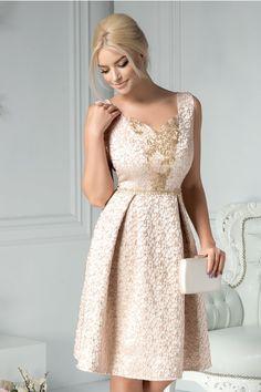 Cele Mai Bune 76 Imagini Din Rochii De Seara Scurte Lace Dresses