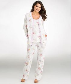 Ultra-soft, ultra-cozy, and pretty, too. Carole Hochman sleepwear is defined by exceptionally soft fabrics, pretty signature prints, and relaxed styling that's all about comfort.
