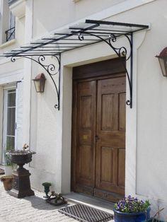Marquise en acier Seine et Marne Front Door Awning, Metal Awning, Front Entry, Porch Canopy, Door Canopy, Home Entrance Decor, House Entrance, Tor Design, House Design