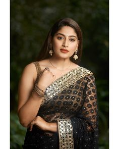 Indian beautiful cute models saari backless Desi sweet girls with her juicy armpit curvy body Show. Hot and sexy Indian actress very sensuo. Beautiful Girl Indian, Most Beautiful Indian Actress, Beautiful Girl Image, Beautiful Saree, Most Beautiful Women, Beautiful Celebrities, Beauty Full Girl, Cute Beauty, Beauty Women