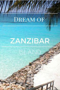 Nein es sind nicht die Malediven, sondern es ist Zanzibar! Traumhafte Strände wie weißer Puderzucker und kristallklares Wasser! Wir haben dort eine schöne Zeit verbracht und möchten es am liebsten noch einmal Revue passieren lassen #tbt#