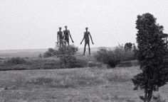 See the Strange Alien Photos Found in Deep Web