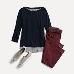 I love these burgundy joggers and when paired with a comfy sweater and slides it is a great casual look. Stitch Fix Fall, Stitch Fix Blog, Stitch Fit, Athleisure Outfits, Sweater Shirt, Comfy Sweater, Stitch Fix Stylist, Burgundy Joggers, 60 Fashion