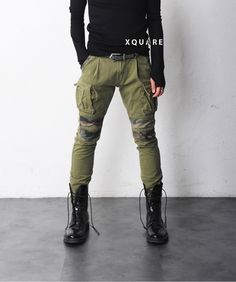 Mens Patched Camouflage Slim Cargo Pants at Fabrixquare Biker Pants, Cargo Pants Men, Sweatpants Outfit Lazy, Cool Outfits For Men, Mens Fashion, Fashion Outfits, Fashion Ideas, Slim Man, Men Casual