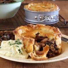 Rabbit, Prune & Pancetta Pies a delicious winter warmer! Beer Recipes, Gourmet Recipes, Baking Recipes, Savoury Baking, Savoury Pies, Savoury Recipes, Mushroom Pie, Beef Pies, Pastries