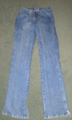 Women's Blue WRANGLER PREMIUM PATCH Flare Western Jeans, Size 3/4 X 34, GUC!  #WRANGLERPREMIUMPATCHBOOTYUP #CountryWesternStitchedPocketFlareJeans