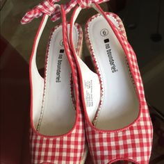 Red and White checked wedges Size 6 Super cute for summer!! Shows Minimal wear!! Fits 6 to 6.5 No Boundaries Shoes