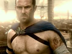 Sullivan Stapleton - 300: Rise of an Empire