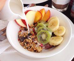 Müsli with fruit