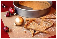 Spicy Christmas Shortbread - easy to make + wonderfully spiced and delish! @farmgirlsdabble